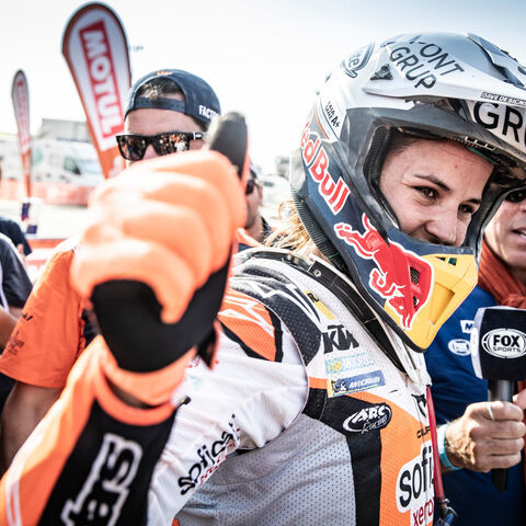 263333 Laia Sanz Stage10 Red Bull Ktm Factory Racing Dakar2019 464